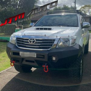 Heavy Duty Deluxe Bull bar Winch compatible to suit Toyota Hilux N70 2011-2014